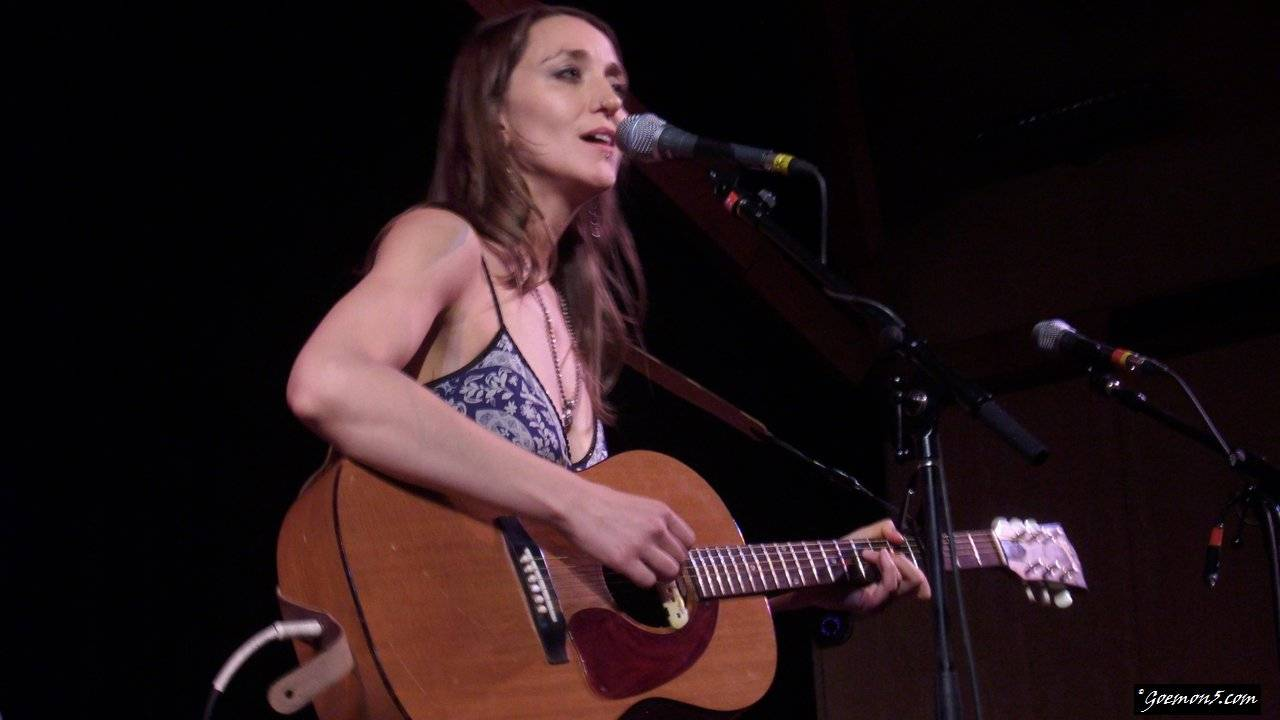 Amy Thiessen, live at Festival Hall